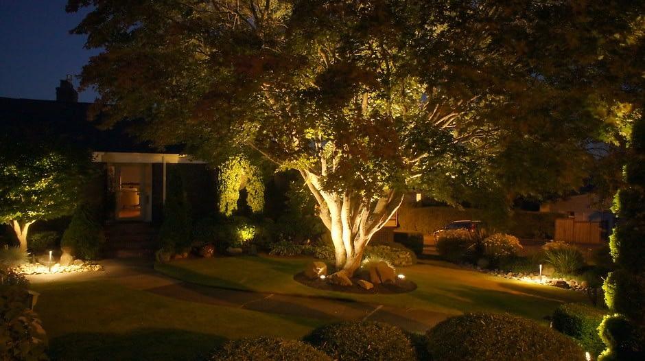 Освещение дворовых дорожек